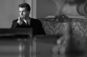 David Tennant in Spies of Warsaw