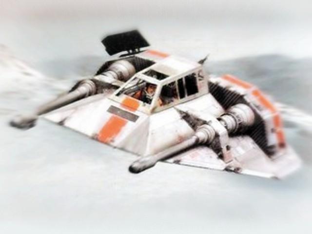 Fictional aircraft: snowspeeder